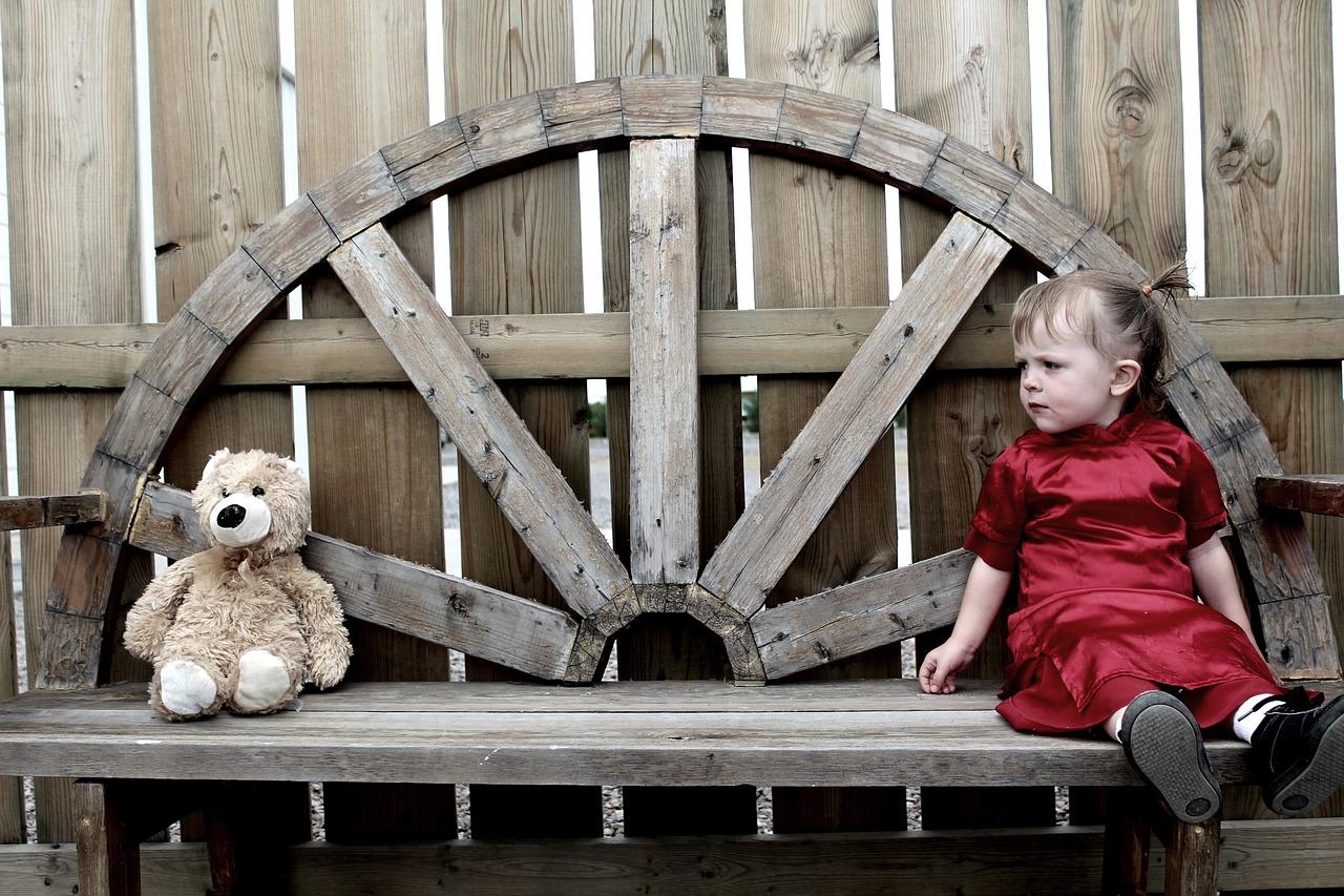 """""""Nie każdy może być rodzicem adopcyjnym"""". Rozmowa z dyrektor ośrodka preadopcyjnego"""