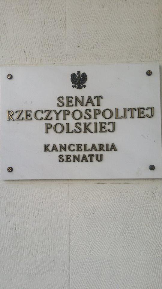 senat1.jpg