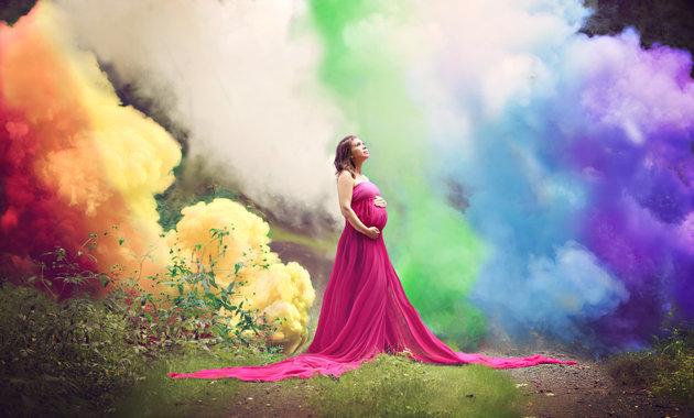 Rainbow baby - zdjęcia matki w ciąży po poronieniu