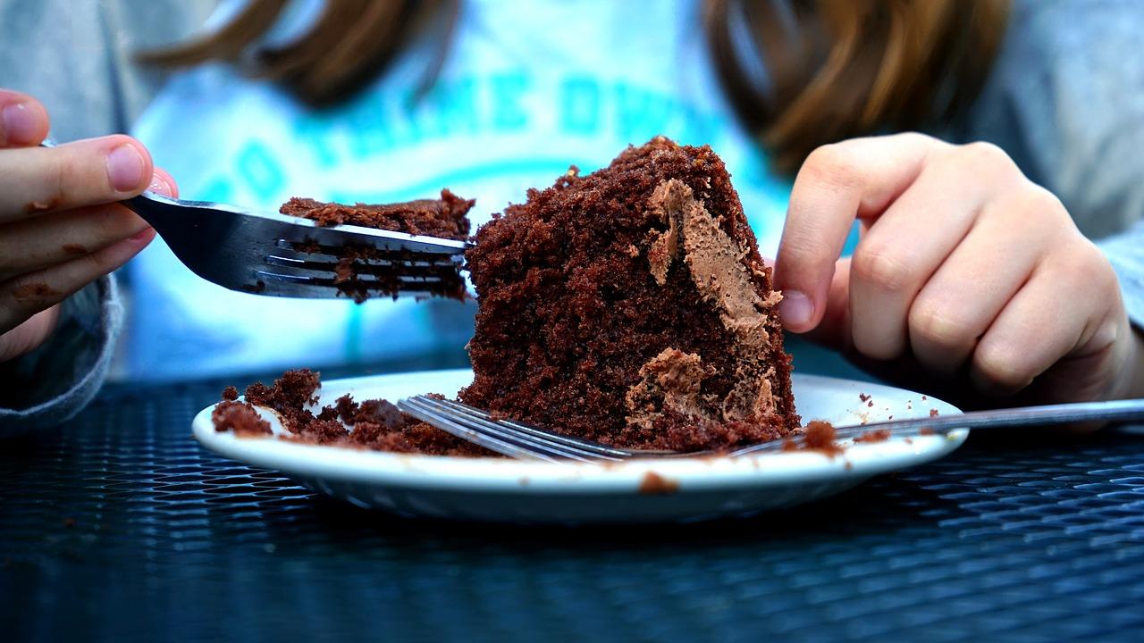 jedzenie psychika kompulsywne objadanie emocje