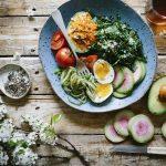 Dieta przy endometriozie – sprawdź, co mówi dietetyczka!