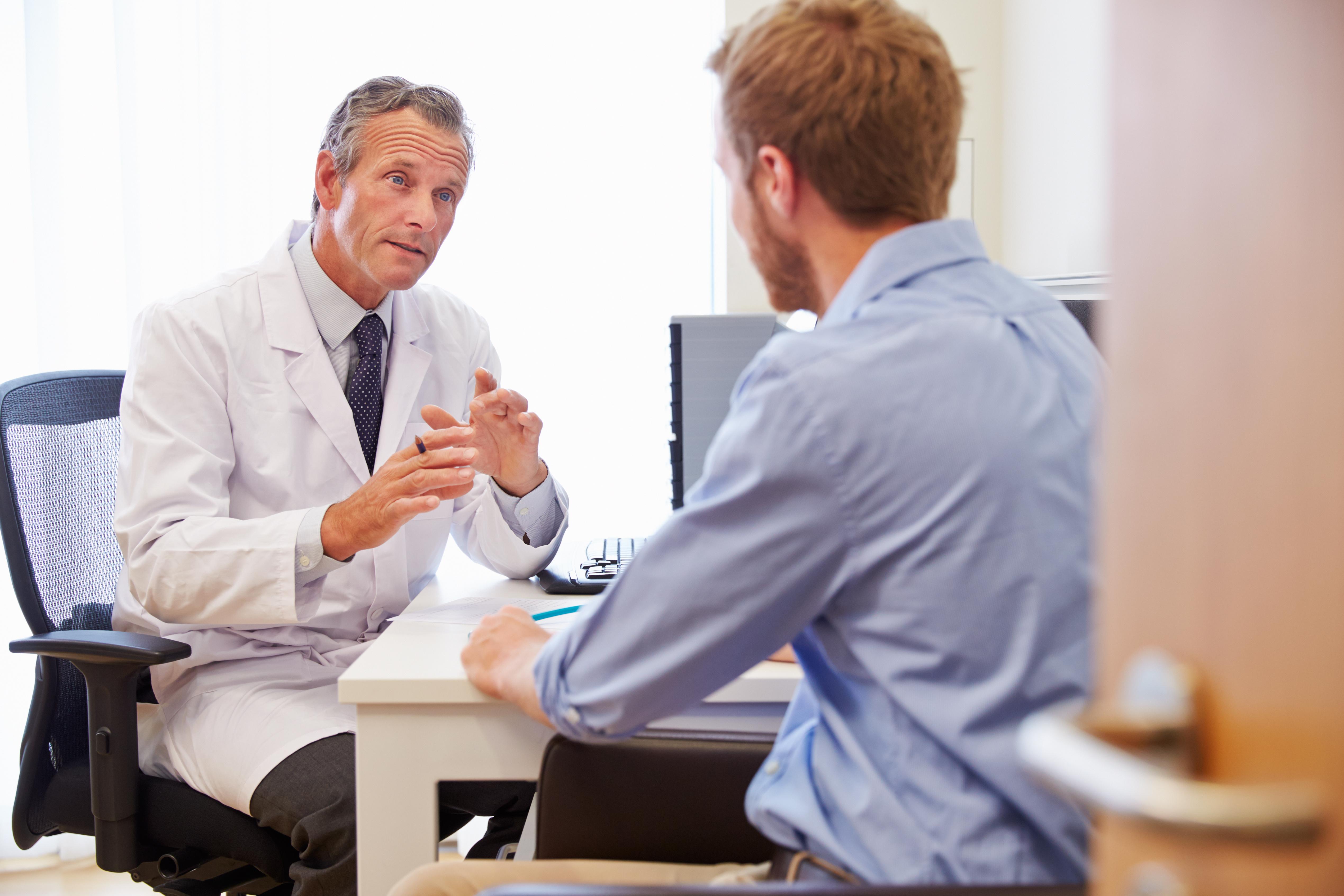 Chory u lekarza /Ilustracja do tekstu: dofinanansowanie in vitro