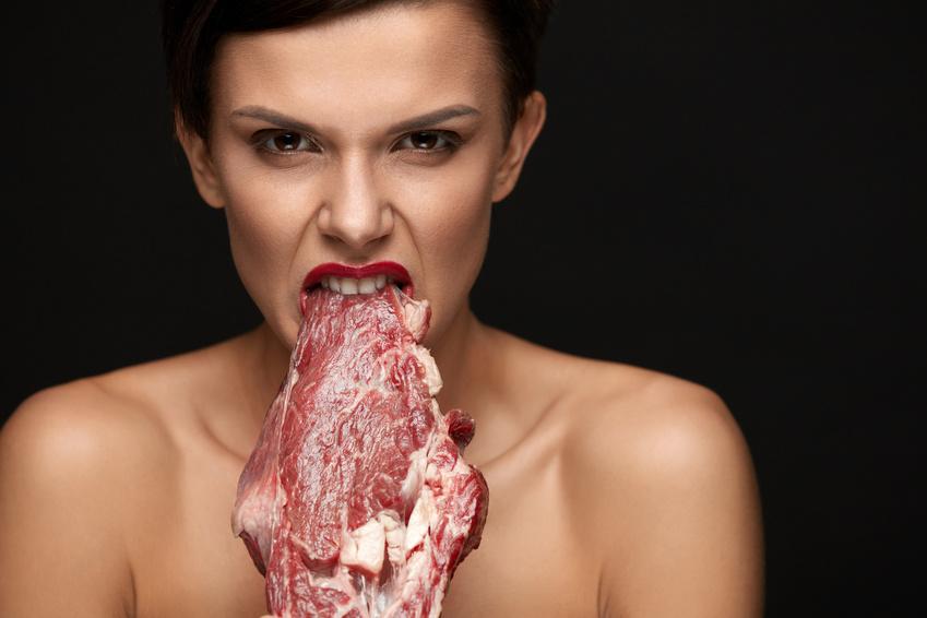 czerwone mięso zwiększa ryzyko zachorowania na endometriozę
