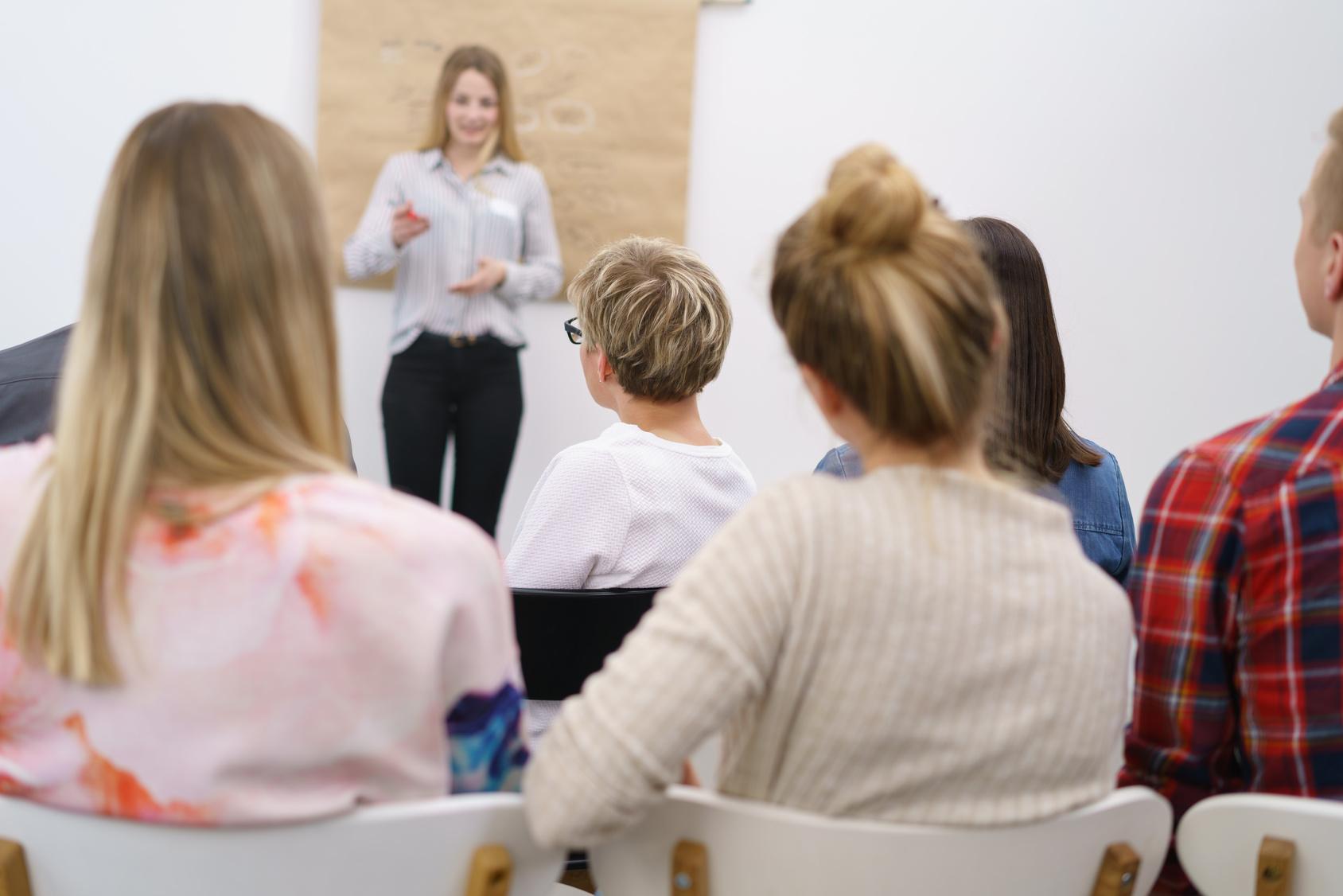 spotkanie poświęcone tematowi endometriozy