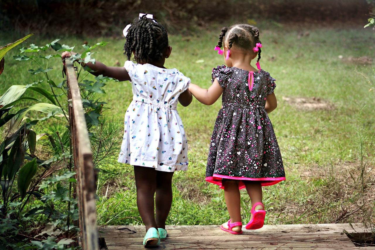 Dzieci do adopcji na wybiegu
