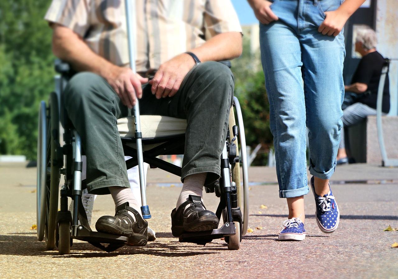 asystentka osoby niepełnosprawnej
