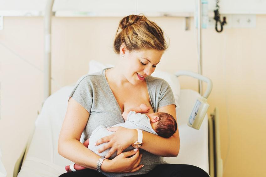 Karmienie zaraz po porodzie